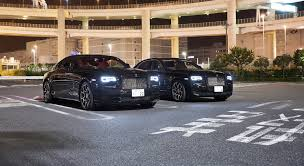 roll royce wraith black blade runners the rolls royce ghost and wraith black badge in