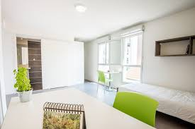 chambre etudiante lyon lyon chambre universitaire idées de design maison et idées de meubles