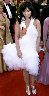 swan dress bjork photos oscars fashion of shame ny daily news