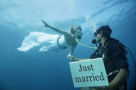 underwater wedding here s how you do an underwater wedding in bali