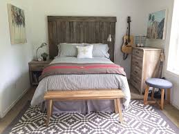 Bedroom Chest Bench Charming Farmhouse Bedroom Set White Wall White Overlay Curtain