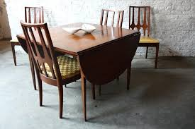 attic heirlooms dining table broyhill dining table and chairs leg dining table broyhill dining