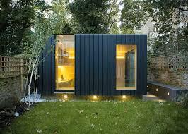 bureau de jardin bois bureau de jardin moderne avec fenêtres panoramiques bardage bois