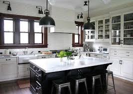 cuisine 2 couleurs couleurs agréable pour une cuisine déco moderne et accueillante