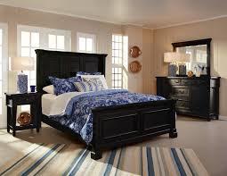 Folio  Ravenswood King Panel Bed With Simple Molding On - Stoney creek bedroom set