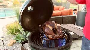 how to cook a turkey on a big green egg