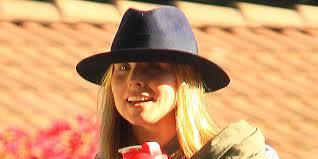 Kristen Bell by Kristen Bell Flashes Wedding Ring After Marrying Dax Shepard