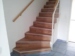 treppe mit laminat janco dobbert parkett und bodenbelag treppen