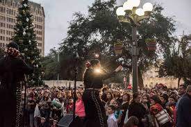 Tucson Parade Of Lights River Parade Tree Lighting Take Over Downtown S A Friday San