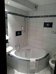 badezimmer mit eckbadewanne badezimmer mit eckbadewanne bäder park hotel sieben welten therme
