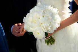 wedding flowers bouquet the best most beautiful wedding bouquets in vogue vogue