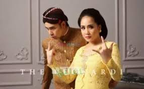wedding dress nagita slavina nagita slavina adm on familyraffiah17 foto pre