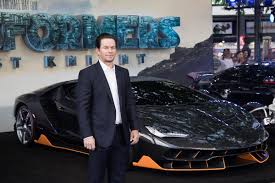 lamborghini transformer the last knight look at the lamborghini centenario at the transformers the last