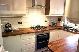 pose d une hotte de cuisine hotte cuisine leroy merlin imposing cuisine d conduit hotte cuisine