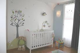 tapisserie chambre bébé garçon id e tapisserie chambre avec papier peint chambre b b gar on idee