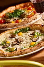 cuisine napolitaine recette pizza napolitaine cuisine madame figaro