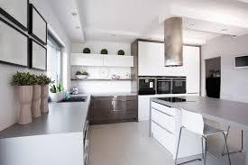 küche mit esstisch herd arbeitsplatz und esstisch optimal einrichten