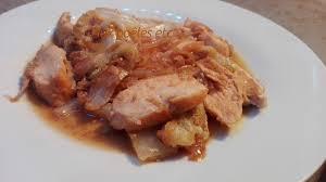 cuisiner un chou chinois chou chinois et poulet sauté au soja et graines de sésame aux