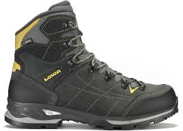 lowa womens boots nz how to buy 3 4 season boots wilderness magazine nz