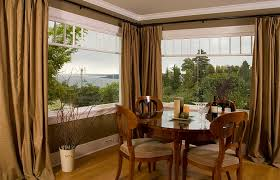 Space Room Decor Designs Ideas Dining Room Decor With Round Dining Table And