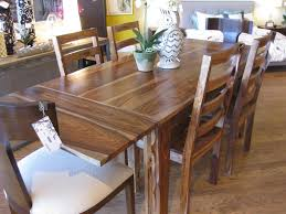 average dining room table size
