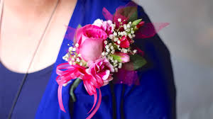 Cheap Corsages For Prom How To Make A Corsage For Prom Pin On Or Wrist Corsage Youtube
