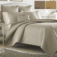 Queen Quilted Coverlet Hudson Poly Satin Quilted Coverlet Set By J Queen New York