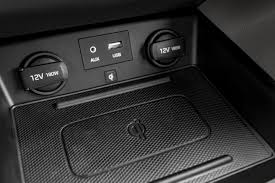 Portable Aux Port For Car How To Listen To Music In A Car From A Usb Flash Drive