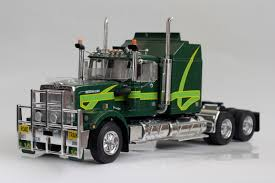 Italeri Australian Truck 1 24 Scale Plastic Model Kit 719