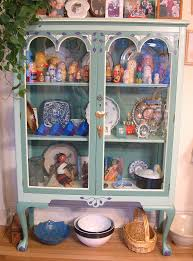 Display Dishes In China Cabinet How To Decorate China Cabinet