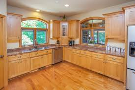 best white paint for maple cabinets what color of paint looks with maple cabinets