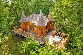 chambre d hote cabane dans les arbres châteaux dans les arbres nojals et clotte dordogne aquitaine