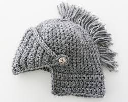 crochet pattern knight helmet free knitted knight helmet pattern lesanism info for