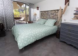 chambre pour une nuit vetement de nuit pour chambre d hôtes terracicada