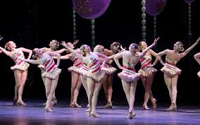 behind scenes with rockettes at radio city music hall