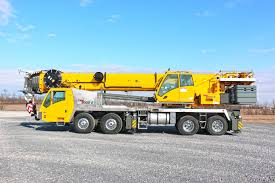 grove unveils the tms9000 2 truck crane