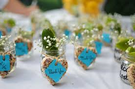wedding souvenir ideas 14 inexpensive wedding favor ideas wedding