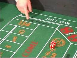 Craps Table How To Play Craps Craps Table Layout Youtube