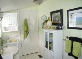 country bathroom decorating ideas best primitivecolonial bathrooms images on stunning country