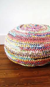 Crochet Rugs With Fabric Strips Best 25 Crochet Fabric Ideas On Pinterest Crochet Letters