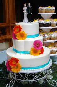 weding cake with gerber dasies google search wedding cakes