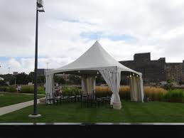 rental tents customer setup tent rental milwaukee waukesha area rental
