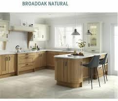 light oak shaker kitchen cabinets broadoak oak kitchen rigid built kitchens shaker style second nature ebay