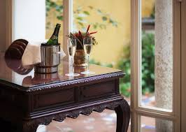 Desk Design Castelar Las Casas De El Arenal Seville Book Your Hotel With Viamichelin