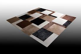 pouf en peau de vache tapis en peau de vache motif jeanne norki décoration