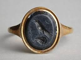 classic fallos ring holder images Raven perched on a ram 39 s head roman ringstone 30 bc 200 signet jpg