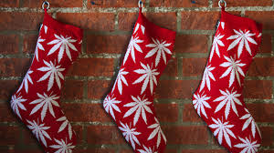 stoner gifts for him ultimate top 13 weed gift ideas 420smokers