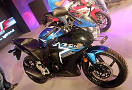 cbr bike 150 new color doesn u0027t means new bike honda are you listening