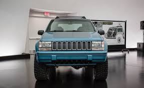 jeep sports car concept 1993 jeep grand cherokee pictures photo gallery car and driver