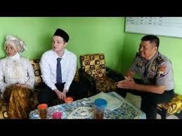 gadis wonogiri menikah dengan bule ganteng ini bikin patah hati